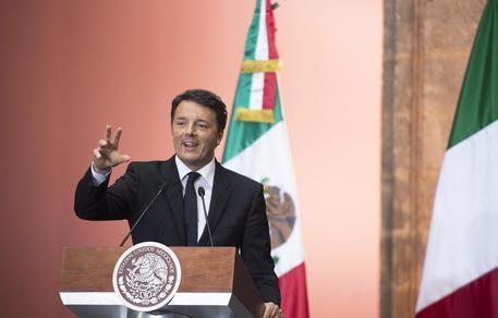 Governo: Renzi, domani firma Patto per la Campania a Napoli