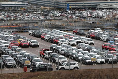 Auto: mercato europeo sale 15,5% a maggio, Italia +27,3%