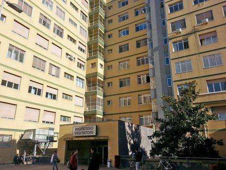 Pescara, 80 bambini intossicati in ospedale. Il sindaco ferma tutte le mense