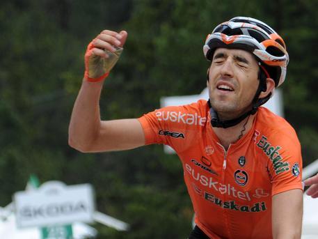 Giro 2016, 14a tappa: Chaves vince a Corvara, Kruijswijk in maglia rosa