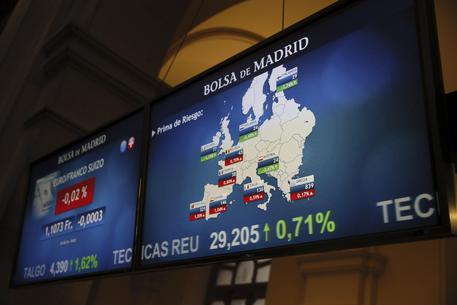 Borsa:Milano peggiora (-1,9%),stop Banco