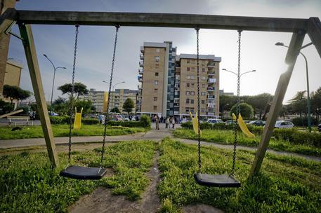 Orrori nel Parco Verde, nuovi abusi: la presunta vittima ha quattro anni