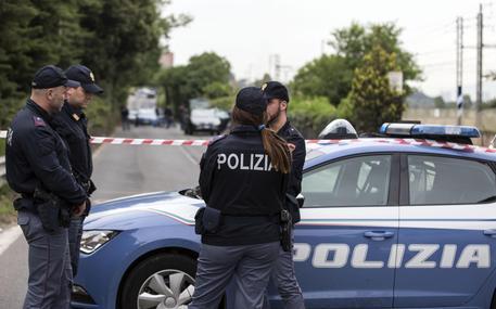 Roma, donna trovata morta in casa