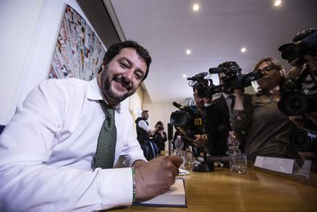 Salvini nella sua autobiografia: