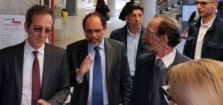 Pino Maniace a processo per estorsione$