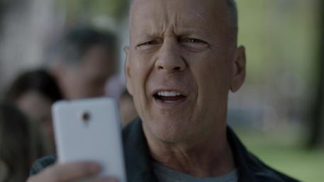Vodafone lancia RED e cancella il roaming