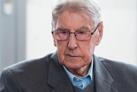 Germania: condanna a 5 anni per ex SS nell'ultimo processo legato all'Olocausto