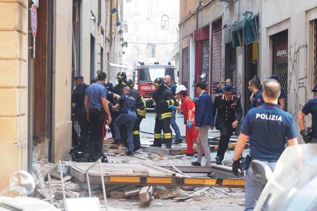 Esplosione in ristorante a Bologna forse fuga gas