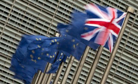 Bce, Brexit è un rischio. Tassi bassi per ridurre in calo