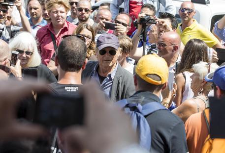 Terence Hill arriva nella Chiesa degli Artisti a Roma per i funerali di Bud Spencer © ANSA