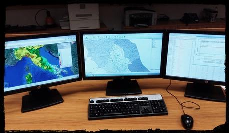 Allerta meteo: venerdì e sabato da incubo, Fiume Pescara sarà 'sorvegliato speciale'