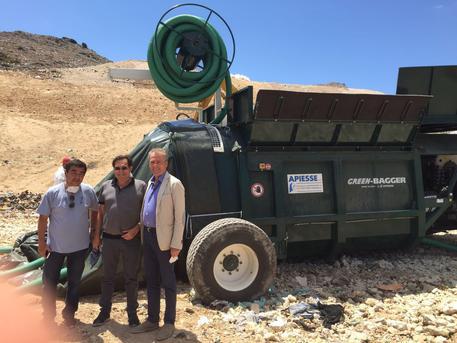 Emergenza rifiuti: autocompattatori da Crocetta