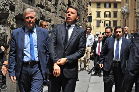 Renzi Meets Jeff Bezos In Florence English Ansa It