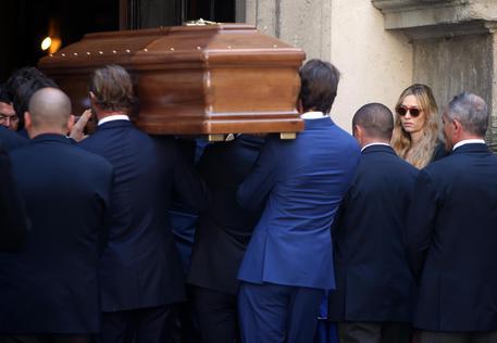 Ultimo saluto a Marta Marzotto: i funerali a Milano