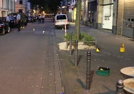 Germania: attacco con coltello nel centro di Colonia. Un ferito. Due