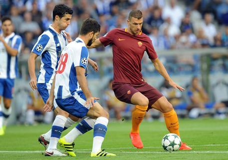 d934ce3a7e Preliminari Champions League, Porto-Roma 1-1 - Calcio - ANSA.it