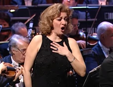Daniela Dessì, la lirica piange la sua grande soprano
