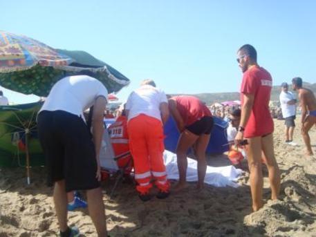 Bambino di cinque anni annegato in Sardegna