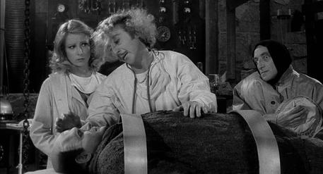 Gene Wilder (C) in un fermo immagine del film Frankenstein Junior © ANSA