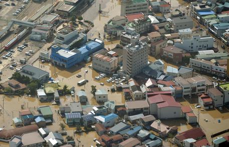 Giappone - Tifone nel Tohoku, 11 morti