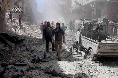 Mosca, 3 ore al giorno tregua ad Aleppo
