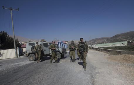 Damasco, abbattuto jet israeliano