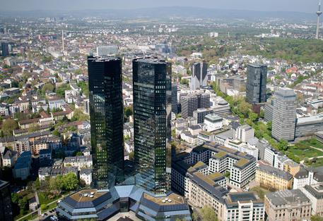 Borsa: bancari mandano ko Milano, Ftse Mib -2% con Mps a -6,5%