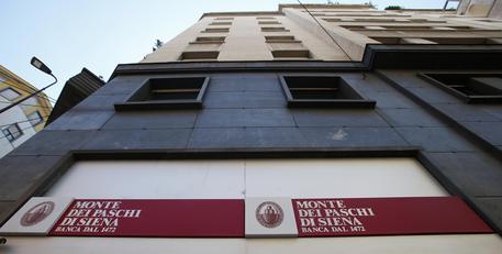 Borsa: Europa chiude piatta, Milano in rialzo con super Mps (+13%) -2