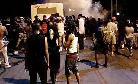 USA: due neri uccisi dalla polizia, si riaccendono le proteste