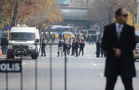 Ankara, squilibrato tenta di assalire ambasciata Israele