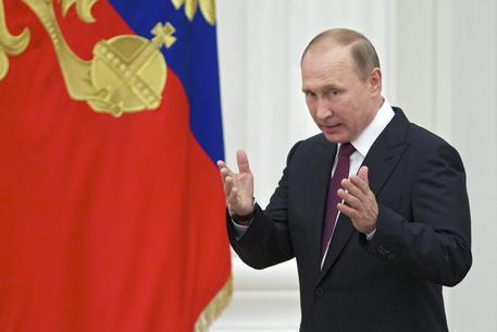 La Russia dice addio a Microsoft, solo software nazionale