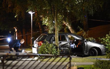 Svezia: sparatoria e esplosione a Malmo, almeno 4 feriti