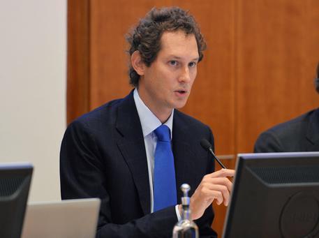 John Elkann conferma trattative con Fiat per Magneti Marelli — Samsung