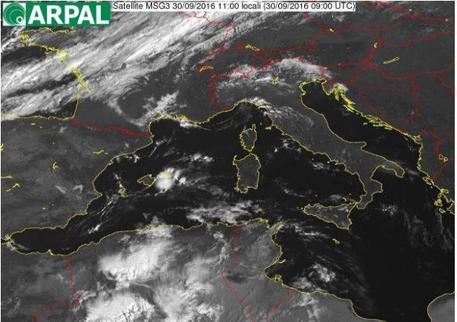 Maltempo, piogge e temporali in Liguria: allerta meteo per grandine e fulmini