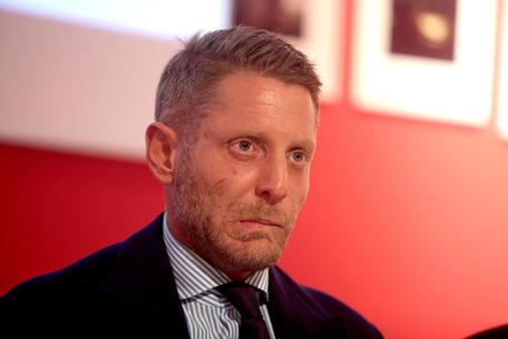 Lapo Elkann simula il sequestro a New York: arrestato dimensione font +