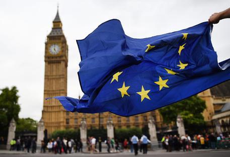 Dopo la Brexit, governo britannico senza un piano per gestire l'uscita