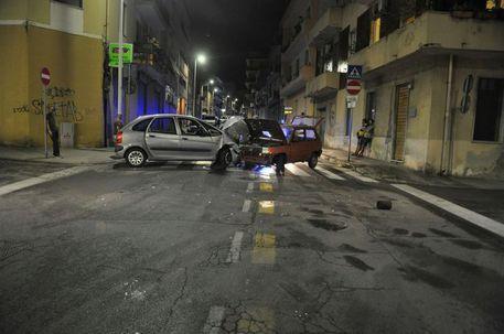 Cagliari, fugge all'alt dei carabinieri e provoca un incidente: arrestato