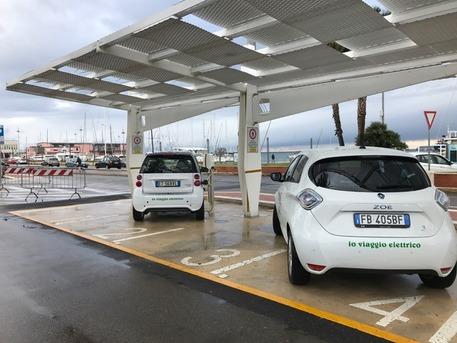 Auto elettriche, 1,6mln per sostituizione veicoli a motore