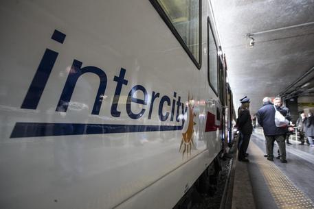 Fs: nuovo contratto servizio Intercity.Morgante, è nuova era