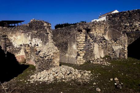 Pompei, crolla muro nei pressi Casa del Citarista
