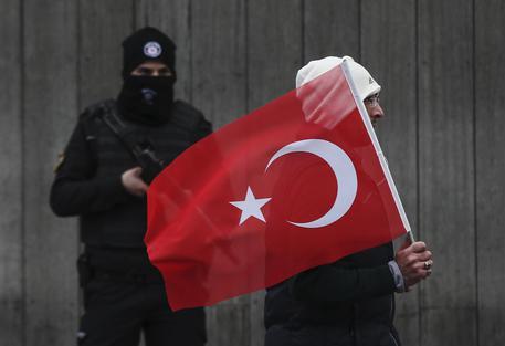 Istanbul: Cavusoglu, attentatore è stato identificato