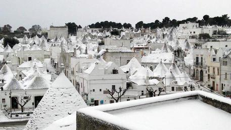 In Puglia neve anche sui trulli © ANSA