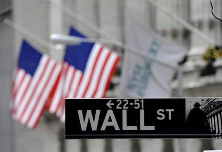 Wall Street, record: Dow Jones prima volta sopra 20.000 punti