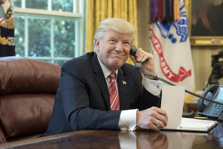 Trump dice che potrebbe battere Tillerson in un test sul quoziente intellettivo