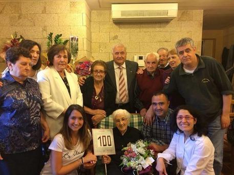 Arzachena, Pietrina Pirredda ha 100 anni