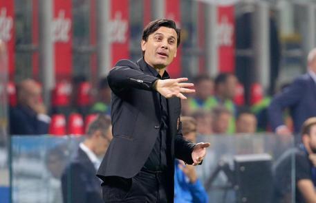 Milan, Albertini difende Montella C8fcb9923d4b66b07bc0fbed04261cdb