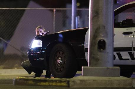 Usa, sparatoria a Las Vegas, due morti e 24 feriti