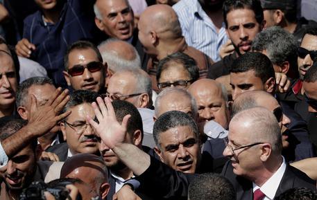 Governo palestinese si riunisce a Gaza, la prima volta dal 2014