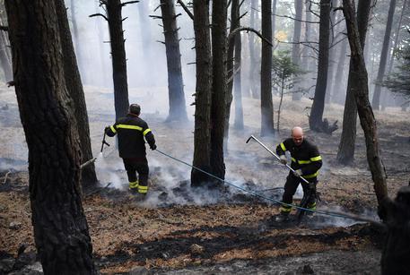 Incendio in Val di Susa: i residenti lasciano le case