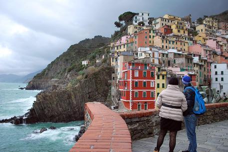 Sindaco Riomaggiore,nessuno vuole numero chiuso Cinque Terre ...